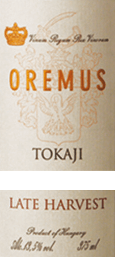 TheTokaji Late Harvest from Tokaj Oremus is a wonderful, full-bodied dessert wine from the grape varieties Furmint (50%), Zeta (25%), Harslevelü (20)% andMuscat de Lunel (5%). In the glass, this wine shines in a bright golden yellow with glittering highlights. The aromatic bouquet reveals a variety of aromas of juicy vineyard peaches, ripe quinces and fresh citrus fruits - accompanied by white summer flowers and acacia honey. This Tokaj pampers the palate with a lush fruit fullness of apricot, pear and lemon. The juicy sweetness harmonizes perfectly with the fine, elegantly balanced acidity. The finale comes with a beautiful length. Vinification of Oremus Late Harvest Tokaji The harvest of the grapes begins in mid-September and lasts until the beginning of October. In several passes, the berries are carefully picked by hand and then immediately brought to the wine cellar of Oremus. The grapes are always gently pressed in small quantities and the must is then fermented in new barrels of Hungarian oak (partly 136-litre Goncer barrels and partly 220-litre Ceredny barrels). After the fermentation process is complete, this dessert wine is aged for 6 months in Hungarian oak barrels. Finally, this wine is bottled and rounded off harmoniously in the wine cellars for at least 15 months. Food recommendation for late harvest Oremus Tokaj Enjoy this noble sweet Tokaj from Hungary with all kinds of desserts with fresh fruits or even with fine shortage luggage. But this wine also goes perfectly with spicy goose liver paste or matured soft cheeses.