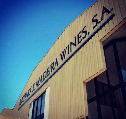 The winery of Justino Henriques