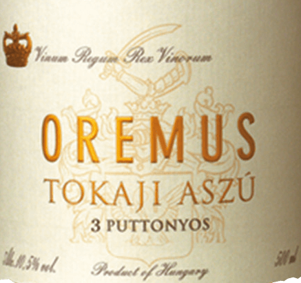 Tokaji Aszù 3 Puttonyos by Tokaj Oremus is a fine fruity, elegant dessert wine from the Muscat de Lunel, Harslevelü and Furmint grape varieties. The name Puttonyos refers to the 25-kg buns in which the grapes are harvested. The number refers to the buns fermented in a 136 litre wooden barrel. In the glass, this wine shines in a bright golden yellow with glittering shades. The elegant bouquet reveals ripe aromas of peaches and pears - accompanied by hints of freshly grated orange peel and summer flower honey. Unforgettably elegant, this Tokaj takes the palate. There is an outstanding balance between the fine fruity sweetness and the filigree acidity, skilfully enveloped by yellow stone fruit aromas. The long-lasting reverberation rounds off this dessert wine harmoniously. Vinification of OremusPuttonyos Aszù 3 Tokaji The grape varieties are carefully harvested by hand and first mashed in the wine cellar of Oremus. For a total of 60 days, the must is fermented in barrels of Hungarian oak (volume 136 litres) at a controlled temperature. This dessert wine then matures for 30 months in Hungarian oak barrels. Food recommendation for the 3 Puttonyos Oremus Tokaji Aszù Enjoy this noble sweet dessert wine from Hungary as a welcome aperitif or accompany this wine with freshly baked fruit tarts, fried duck breast in orange sauce or with spicy blue cheese.