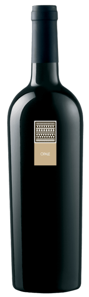 The Opale Bianco Vermentino di Sardegna DOC by MESA is presented in the glass in a magnificent golden yellow. The opal enchants with aromas of ripe fruits, floral notes of jasmine and hints of sweet vanilla and delicately melting toffee. On the palate, it is elegant with a heart-fresh taste that leads to a pleasantly long, very balanced final.