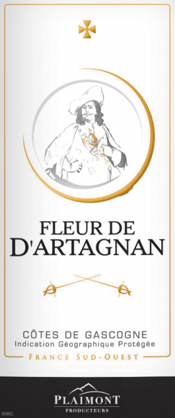 The Fleur de d 'Artagnan Rouge Côtes de Gascogne from Producteurs Plaimont reveals itself with a garnet red and cherry-colored reflections in the glass. It unfolds the wonderful aromas of this red wine, which enchants with the fruity aromas of cassis and wild berries. This bouquet is rounded off by a fine touch of licorice. This round wine is soft on the palate, while it goes with a fine freshness to its reverberation. This French wine is the ideal companion for food. Vinification for the Fleur d'Artagnan Rouge This cuvée is made from 60% Merlot. The remainder is divided into 30% Cabernet Sauvignon and 10% Tannat. The grapes of these grape varieties all come from vineyards in Gers, the heart of Gascony. After harvesting and fermentation, this red wine was matured in stainless steel tanks. The winery Fleur de d'Artagnan of the winery Plaimont includes wines of extraordinary freshness, clarity and fruitiness with an honest varietal character. It is mainly based on regional grape varieties. The vivacious wines are said to set an impressive monument to the famous musketeer d'Artagnan, whose portrait adorns the label. Food recommendation for the Fleur de d'Artagnan Rouge Enjoy this dry red wine with grilled food, pizza and lasagna, salads, meats or cheeses.