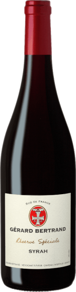 The Réserve Spéciale Syrah by Gérard Bertrand presents itself in the glass in a deep dark garnet red with purple to black shimmer and unfolds an opulent bouquet. This seduces with the aromas of ripe blackberries and blackcurrants, pepper and violet. Cloves, sweet spices and a hint of truffle round off the flavour spectrum. This Syrah is full-bodied on the palate and powerful with juicy fruit and a fine herbal spice. An elegant red wine whose fine-grained tannins add even more length to its finish. Vinification for the Gérard Bertrand Réserve Spéciale Syrah For this red wine, only the best, optimally ripened grapes are harvested and destemmed by hand. They are then fermented at a controlled temperature of 25-30 ° for a period of 15-20 days. After completion of alcoholic and malolactic fermentation, this wine is aged for 4 months in wooden barrels and cement vats. After bottling, the Réserve Spéciale Syrah is refined in the bottle for some time. Food recommendation for Gérard Bertrand Réserve Spéciale Syrah Enjoy this dry red wine with steaks and cutlets of lamb and beef, game and poultry with herbs, spicy pasta or spicy mountain cheese.