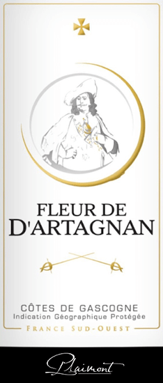 The Fleur de d 'Artagnan Rosé by Plaimont is presented in a beautiful salmon red colour in the glass. Here the expressive aromas of sweet and ripe berries unfold, such as raspberries, strawberries, blueberries and currants. These berry notes are rounded off by a fine touch of pepper and exotic notes. This balanced cuvée convinces on the palate with plenty of juice and fullness and a lively and fresh impression. In the finish of the Fleur de d 'Artagnan Rosé, subtle floral and peppery nuances are noticeable. The ideal wine to enjoy summer evenings on the terrace or at a barbecue! Vinification of the Fleur de d 'Artagnan Rosé This French cuvée from Gasgogne is vinified 70% from Merlot and 30% from Cabernet Sauvignon. After harvesting, the grapes are destemmed, mashed and gently pressed after a certain period of standing. The must produced is fermented cold in a stainless steel tank, which ensures the freshness and fruitiness of this wine. The Fleur de d 'Artagnan wine series of the Plaimont winery includes wines of exceptional freshness, clarity and fruitiness with an honest grape variety character. The main focus is on regional grape varieties. The spirited wines are intended to set an impressive monument to the famous Musketeer d 'Artagnan, whose portrait adorns the label. Food recommendation for Fleur de d 'Artagnan Rosé by Plaimont Enjoy this dry rosé from southern France with fresh salads, grilled or fruity desserts.