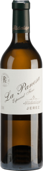 Emilio Hidalgo's La Panesa Especial Fino from the Andalusian sherry region D.O. Jerez is vinified exclusively from Palomino Fino. A bright golden yellow with golden highlights shines in this wine in the glass. Intense aromas of fresh nuts, Mediterranean spices and subtle mineral notes unfold in the nose. The palate enjoys a full-bodied and lively character. The final comes with a persistent length and elegance. Vinification of Emilio HidalgoLa Panesa Especial Fino The grapes harvested by hand are destemmed, gently pressed and the must produced therefrom is fermented in a temperature-controlled manner in a stainless steel tank. This young wine is then drawn off, sprayed on and placed in American oak barrels for the first ripening. The barrels are filled only to a certain extent (maximum 85%), so that the characteristic pile (a yeast layer) can develop, which seals the wine airtight and gives it the sherry-specific aroma. After maturation, this wine is transferred to the traditional Solera system, in which sherries of the same type are aged in barrels arranged one above the other for three to ten years. The oldest wines are stored in the lower barrels (Solera), while the youngest wines are stored in the upper rows (Criaderas). The sherry intended for sale is always removed from the lower barrels. In this case, however, only a small part (a maximum of one third) is removed and the removed part is then filled up by sherry from the upper rows. The whole principle continues to the uppermost barrels, where young wine, the Mosto, is added to the sherry. Food recommendation for the La PanesaHidalgo Especial Fino Enjoy this dry sherry with all kinds of sweet-spicy dishes of Asian cuisine - especially with sushi this wine goes perfectly. Awards for the La Panesa Especial Fino by Emilio Hidalgo Vinum: 17.5 points Guía Peñín: 95 points The Wine Advocate: 95 points