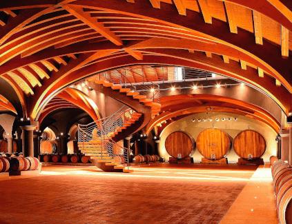 Keller des Weinguts Lo Zoccolaio