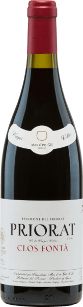 The Clos FontáVi de Finca from Mas d 'en Gil is a profound, expressive red wine cuvée from the Grenache (60%) andCariñena (40%) grape varieties. This wine is grown in the Catalan Priory in Spain. In the glass shimmers in dark cherry red with purple highlights. The nose enjoys an intense bouquet that reveals aromas of red and black berry fruits - from blackberry to blackcurrant to boysenberry and raspberry. The aromas of the nose are accompanied by balsamic and mineral notes. The lively, juicy and expressive character skilfully flatters the palate. The soft tannin structure is wonderfully present and leads to a very long lasting finale with mineral nuances. Vinification ofthe Mas d 'en Gil Clos FontáVi de Finca The grapes for this Spanish red wine grow on vines about 60 years old on quartz and slate-containing soils in a steep slope (300-400 m altitude). The harvest takes place in the period from August to September. The grapes are carefully selected by hand and already selected in the vineyard. The harvested material is gently pressed in the wine cellar and the resulting mash is fermented inopen large wooden barrels and stainless steel tanks. Finally, this wine rests for 14 months in French oak barrels. This red wine gains its strong colour, its wonderful variety of aromas and its distinctive yet soft tannins. Food recommendation for the Clos Fontá by Mas d 'en Gil Enjoy this dry red wine from Spain decanted early with elaborate roast dishes in dark sauce with savoury side dishes or with a freshly grilled beef steak. Awards for the Clos FontáVi de Finca Guía Proensa: 93 points for 2013