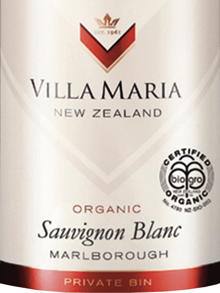 The Private Bin Sauvignon Blanc by Villa Mariafrom the Marlborough wine region in New Zealand is a fruity, lively white wine. In the glass, this organic white wine presents itself in a light straw yellow with greenish reflections. This New Zealand Sauvignon Blancis characterized by a fragrantly aromatic, enormously complex and explosive bouquet of fresh citrus fruits, honey melons, juicy gooseberries and exotic passion fruit notes, rounded off by slightly grassy herbal notes. Seductively juicy and typically aromatic in taste, this white wine shows a beautiful, varietal, fruity acidity and a particularly fresh and lively aftertaste. Vinification of Sauvignon Blanc Villa Maria Private Bin The grapes for this wine come from different vineyards in the Wairau and Awatere valleys of the Marlborough region, with a wide range of different microclimatic conditions. In order to make the most of the seasons and to ensure a powerful, pure scent, much attention was paid to the health of the vines and grapes. Within 3 weeks, the grapes are introduced with different degrees of ripeness and immediately brought into the wine cellar. There, the harvested material is gently ground, then pressed and then kept cool for 24 hours. This is followed by fermentation in stainless steel tanks at a temperature of 12 to 14 degrees Celsius. Immediately after the completed fermentation process, this wine is filled into the bottle. Food recommendation for Villa Maria Private Bin Sauvignon Blanc Enjoy this dry white wine from New Zealand as an aperitif, with crisp salad with fresh or baked goat's cheese, grilled vegetables, seafood and light fish dishes, as well as light meat.