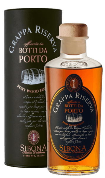 The Grappa Riserva Botti da Porto by Antica Distilleria Sibona is presented in a glass of intensely shiny amber. On the nose, this unusual grappa surprises with delicate, spicy-soft fragrances, on the palate, the taste is elegant, unique, fruity and full, in the long finish, port wine notes vibrate very clearly from the ageing in vintage port wine barrels. Production of the grappa RIserva Botti da Porto from Antica Distilleria Sibona The basis for this special grappa is a grappa Riserva di Nebbiolo, which is first aged for several years in classic oak barrels, then matured for a further 24 months in wooden barrels from Portugal, in which vintage port wine from a renowned Portuguese winery had previously matured . The Antica Distilleria Sibona has for the first time also used the process of ageing in port wine barrels, which is already practiced with very good results for whisky, for the ageing of grappa riservs. The result was qualitatively and tastefully outstanding and is rewarded with increasing success and recognition. Awards International Spirits Competition - Gold and SilverInternational Wine & Spiriti Competition - SilverConcours Mondial Bruxelles - SilverPremio Alambicco - Gold The grappa comes in attractive gift packaging.