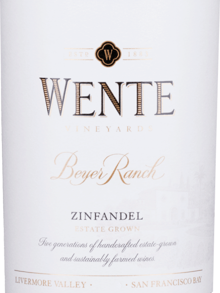 From the Zinfandel (80%) and Petite Sirah (20%) grape varieties, the full-bodied, roundBeyer Ranch Zinfandel is vinified by Wente Vineyards from the American wine-growing region of California. In the glass, this wine shimmers in a deep ruby red with purple highlights. The nose enjoys a spicy-fruity bouquet with aromas of wild berries (especially raspberry and blackberry), juicy cherries - elegantly accompanied by freshly ground pepper and some oak wort. The aromas of the nose are also reflected on the palate and are perfectly supported by a full-bodied structure and round body. The tannins are wonderfully integrated and accompany you to the long, beautiful finale. Vinification of WenteBeyer Ranch Zinfandel After the two grape varieties have been harvested, the grapes are fermented separately in stainless steel tanks in the wine cellar of Wente Vineyards. We pump over the mash two to three times a day. After the fermentation process is complete, this American red wine is aged both in stainless steel tanks and in oak barrels. Food recommendation for the ZinfandelWente Beyer Ranch Enjoy this dry red wine from the USA with appetizers - such as tapas or antipasti - lamb skewers fresh in the grill, or with roasts in dark sauce.
