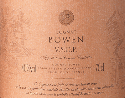 The Cognac VSOP from Cognac Bowen is a full-bodied, refined brandy from the Ugni Blanc (80%), Colombard (15%) and Folle Blanche (5%) grape varieties.  In the glass, this cognac shimmers in a warm mahogany with golden brown reflections. The elegant bouquet combines fruity aromas of juicy plums and ripe pears, together with floral notes and fine wood nuances - thanks to the ageing in limousine oak. On the palate, this French brandy is wonderfully warm and gentle with a full-bodied body that is absorbed by the wonderful aromas of the nose. The long reverberation is very elegant and is accompanied by fine spices (vanilla) and oak wood.  Vinification of the Cognac Bowen VSOP The grapes for this cognac are harvested very early and fermented to a strong acidic white wine. The acid protects against oxidation as cognac is not sulphurized. This base wine is now distilled twice in a copper burner using the traditional Charentaiser distillation process. Wooden barrels made of limousine oak are selected for maturation. This cognac matures for at least 4 - 5 years. Serving recommendation for the Bowen Cognac VSOP Enjoy this French brandy solo with a selected cigar or as a digestif after an exquisite menu.