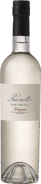 The Grappa di Costamìole by Prunotto shines crystal clear in the glass, the nose presents intense and elegant aromas that reflect the character of the Barbera grape, on the palate the grappa is dry in taste, warm and melty in the finish. Production of the Grappa di Costamìole of Prunotto This grappa from Prunotto is a pure brandy carefully selected and distilled from the marc of the barberry grapes used for the wine Costamìole.