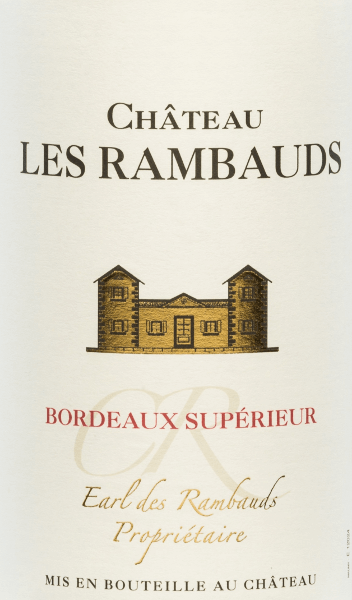 The Château Les Rambauds Bordeaux Supérieur by Yvon Mau presents itself bright cherry red in the glass. The nose is dominated by aromas of red and black berries, liquorice and cedar wood. Filigree notes of vanilla and toast complement the expressive, complex bouquet. On the palate, this French red wine convinces with its full taste and well-structured, fleshy texture. A soft, balanced finish rounds off this wonderful red wine. Vinification of Château Les Rambauds Cuvée Bordeaux Supérieur This wonderful cuvée is vinified from Merlot (40%), Cabernet Sauvignon (30%), Malbec (20%) and Cabernet Franc (10%) grape varieties. After harvesting the grapes, they are destemmed, ground and the resulting mash fermented under temperature control in stainless steel tanks. This wine is aged for 12 months in American oak barrels. Food recommendation for the Yvon Mau from Bordeaux We recommend this dry red wine from France with hearty stews, grilled meat and stews as well as cheese platters.
