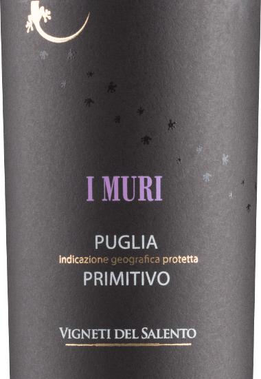 The I Muri Primitivo by Vigneti del Salento is an intensely ruby red colour with violet reflections. Its bouquet smells seductively of red and black fruits (cherries, plums and dark forest berries). On the palate, this Italian red wine is wonderfully soft. The fruity aromas of the bouquet are also present on the palate, where they present themselves juicy and opulent. These are accompanied by an elegant spice of cedar wood and Mediterranean herbs. Velvety tannins accompany the full-bodied, strong body with a lot of melt and warmth. Vinification of the I Muri Primitivo For this Primitivo, the grapes in the Salento grow on soils of red brick. This stores the warmth and then releases it to the vines at night. This compensates for the large temperature differences. With the breeze from the sea, these conditions favor the development of particularly intense fruit flavors. After harvesting, the grapes are carefully picked and squeezed. The must ferments for about 10 days on the mash. The malolactic fermentation is then also carried out in the steel tank. Part of the base wine is aged in used barrels for some time before being blended and bottled. Food recommendation for the Vigneti del Salento I Muri Primitivo Enjoy this primitivo at a temperature of 18-19 degrees Celsius with rich appetizers, all pasta dishes, pizza, dark meat and mild cheeses. I Muri Primitivo Awards AWC Vienna: silver for 2016 Mundus Vini: silver for 2016 Challenge International du France: Gold for 2014