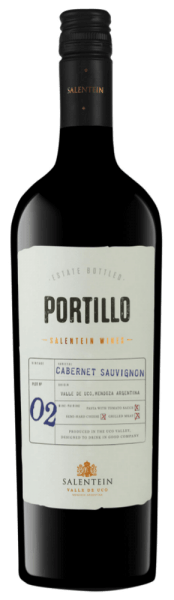The Portillo Cabernet Sauvignon by Portillo sparkles in the glass in a bright ruby red and flatters the noses with the wonderful aromas of blackberries and red fruits with a hint of pepper. These notes are rounded off by fine nuances of chocolate and eucalyptus. This Argentinian red wine convinces on the palate with its juiciness and balance and the round impression through perfectly integrated tannins. Food recommendation for the Cabernet Sauvignon from Portillo Enjoy this dry red wine with a rib-eye steak with oven vegetables or with baked casseroles.