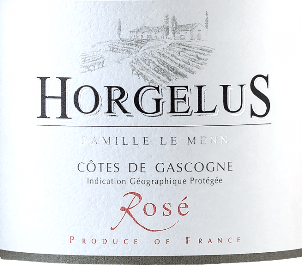 The Rosé Cotes de Gascogne IGP by Domaine Horgelus shines in a brilliant salmon rosé. This wine from the southwest of France is a beautiful cuvée of 35% Merlot, 35% Tannat and 30% Cabernet Sauvignon. The nose reveals an intense and rich bouquet with aromas of forest strawberries, citrus fruits and juicy blackcurrants. These gentle and seductive aromas are reflected on the palate, tasty and soft. Cultivation and vinification of the Rosé Côtes de Gascogne by Domaine Horgelus On the sunny slopes of Gascogne, in the heart of south-western France, the vines for the wines of the Domaine Horgelus winery of the Le Menn family grow. With Yoan, it is already the fifth generation to produce wines, new wines are created every year, new cuvées that continue the spirit of the domain: pleasant wines, uncomplicated and easily accessible for many people and for every occasion. The secret of Yoan Le Menn's wines is to preserve the fruity aromas and freshness of his wines. For this reason, harvesting takes place from 3 a.m. to the early morning to take full advantage of the cool hours of the morning. Alcoholic fermentation at controlled temperatures takes place immediately after gentle pressing in stainless steel tanks. The bottled wines surprise with their rich bouquets and fruity taste. Food recommendation for the Rosé Côtes de Gascogne by Domaine Horgelus This mild, delicately fragrant rosé from Domaine Horgelus is an uncomplicated wine for every occasion, it goes wonderfully with tapas, grilled fish and meat, on a lukewarm summer evening with friends, in the shade of the trees, in the background the chirping of the cicadas...