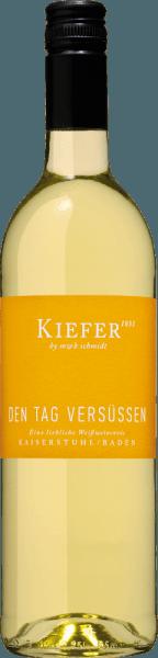 Den Tag versüßen Wein vom Weingut Kiefer
