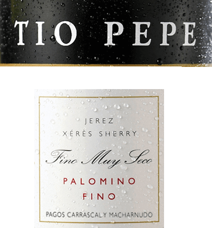 """The pureTio Pepe Palomino Fino from Gonzalez Byass is a very elegant, finely mineral sherry from the Spanish DO Jerez wine region. When Manuel Martia Gonzáles took over his first bodega in 1835, his uncle José stood by him as an experienced sherry connoisseur. Uncle José - Tio Pepe - gave Manuel a lot of advice on how to make elegant finos. In his honor, today's world-famous sherry """"Tio Pepe"""" was baptized. In the glass, this wine shimmers in a light gold tone with straw yellow highlights. The fine bouquet reveals wonderful aromas of juicy apples, fresh almonds and pickled olives. In addition, there are nuances of freshly baked bread and dried herbs, especially lovage. On the palate, this sherry convinces with a lively, very fresh body, which is bound by a racial acidity. Again, aromas of almonds, olives and some apple emerge - accompanied by a breeze of sea salt. The texture is wonderfully light and full-bodied, which then glides into a long, elegant finale. Vinification of Tio Pepe Gonzalez Byass Palomino Fino After the careful harvesting of the Palomino Fino grapes, the harvested goods in the wine cellar of Gonzalez Byass are completely destemmed and gently ground. At low temperatures, this sherry is fermented and then sprayed onto a 15 to 15.5 volume percent and placed in oak barrels (600 to 650 liters). Finally, this varietal Palomino Fino matures for 5 years according to the classic method of the winery in the proven brine system. Food recommendation for the Palomino Fino Tio Pepe Byass Enjoy this dry sherry with all kinds of snacks - such as salted almonds, olive variations or nuts - or with dishes of Asian cuisine. Well chilled, this sherry can also be served as an aperitif. Award for the Gonzalez ByassPalomino Fino Tio Pepe Guia Penin: 94 points (Edition 2019)"""