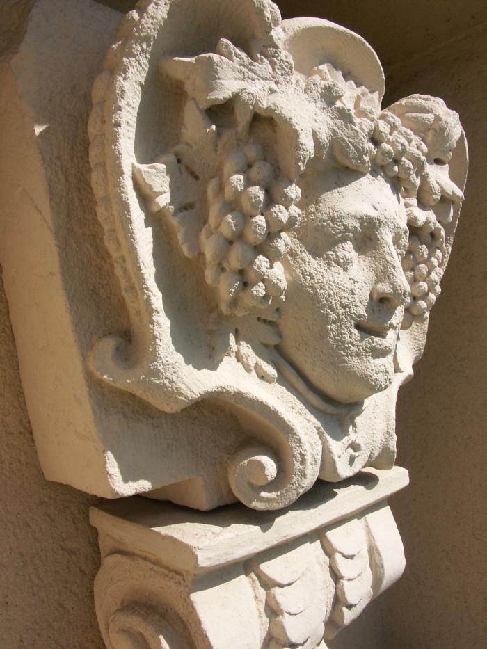 Louis Jadot Kopf des Weingottes Bacchus