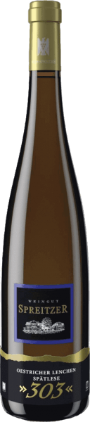"""This pure Riesling convinces in the nose and on the palate with an abundance of fruit aromas. The aromas of Oestricher Lenchen Riesling Spätlese 303 from Spreitzer range from stone fruit, such as sweet apricots and ripe peaches, to citrus fruits such as mandarins, clementines and oranges. The compressed body nevertheless appears delicate and sophisticated at the same time. The sweetness and acidity are perfectly balanced, whereby small """"acid flashes"""" can always be heard, but these are taken up again by the beautiful sweetness. It is rounded off by a long-lasting finish."""