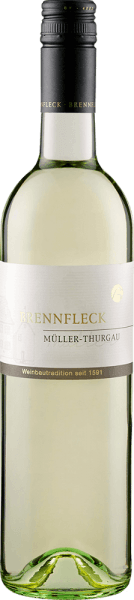 The Sulzfelder Maustal Müller-Thurgau Cabinet from the Brennfleck Winery is presented in the glass in a light straw yellow, which is interspersed with greenish reflections. This white wine from Franconia enchants with its floral bouquet and spicy notes of nutmeg. This Müller-Thurgau in a classic buck bag is fresh, fruity and uncomplicated on the palate with its pleasant acidity. Food recommendation for the Sulzfelder Maustal Müller-Thurgau Cabinet of the Brennfleck Winery Enjoy this dry white wine with fish and seafood, vegetable varieties or solo.