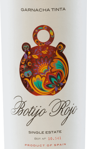 TheBotijo Rojo Garnacha Tinta of the Bodegas Frontonio shimmers in the glass in a strong ruby red. The complex bouquet offers wonderful aromas of juicy black cherries, ripe blackberries and freshly ground pepper. The aromas of the nose are accompanied by pleasant spice aromas. On the palate, this Spanish red wine convinces with its strong, fresh and fruity character. Here, too, the aromas from the bouquet are reflected. The tannins are perfectly balanced. Vinification of Botijo Rojo Garnacha Tinta by Bodegas Frontonio Garnacha Tinta Botjio Rojo is a pure red wine made from Garnacha grapes. The grapes for this red wine from Spain come from 35 to 45 years old vines, which grow on a vineyard of353 u.d.M. The soil is rich in lime and is permeated by a layer of clay. Fermentation takes place in stainless steel tanks, followed by malolactic fermentation in old cement tanks. This red wine retains its fresh and fruity personality. Food recommendation for the Garnacha Tinta Botijo Rojo This red wine from Aragon is the perfect accompaniment to pork tenderloin with blueberry and dumplings, roast beef with braised vegetables and potato stew and spicy, ripe cheese. Awards for Botijo Garnacha Tinta Frontonio Berlin Wine Trophy: Gold for 2015