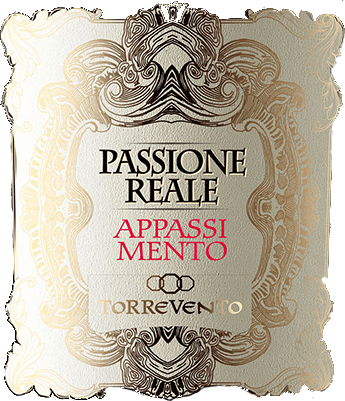 The Passione Reale Appassimento Puglia IGT by Torrevento shines in an intense ruby red with violet reflections at a young age. With a little ripeness, the color changes to garnet red. The nose opens an intense, full and fragrant bouquet full of dark berries and juicy cherries. Add spicy notes. Pepper, cocoa and liquorice are also noticeable on the palate. Coupled with the fruity fullness, the Appassimento by Torrevento is a very harmless red wine with an almost endless reverberation in the finale. Vinification of Passione Reale Appassimento from Puglia The vines originate from the Murga plateau and mainly find calcareous soils there. Due to the climatic conditions, the grapes can dry directly on the vine. This concentrates the aromas and the sugar content in the berry. This traditional method is responsible for the typical Appassimento tone. After fermentation, the ageing and ageing takes place in equal parts in stainless steel as well as in large wooden barrels. Food recommendation for the Passione Reale Appassimento Nero di Troia by Torrevento Enjoy this Appasimento red wine from Italy with game dishes, steaks fresh from the grill or with matured cheeses.